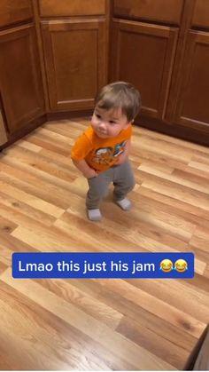 Cute Funny Baby Videos, Crazy Funny Videos, Cute Funny Babies, Super Funny Videos, Cute Funny Animals, Funny Cute, Hilarious, Happy Gif, Dancing Baby