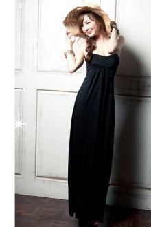 COTTON STRAPS HALTER LONG DRESS-BLACK #rakutensingapore #rakuten #singaporefashion #longdress #yoloveitsg #yoloveitsingapore