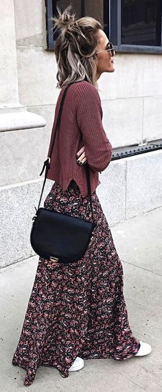 #winter #fashion / Brown Knit Printed Maxi Skirt Black Shoulder Bag