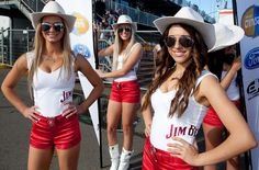 Sexy Jim Beam grid and pitlane girls