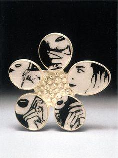 Kathleen Browne (US) – '5 Moments' brooch -fine & sterling silver, enamel