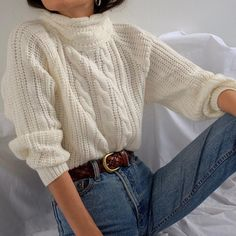 SOLD Vintage off-white warm cable knit mock neck, best fits xs-s. DM or comment . SOLD Vintage off-white warm cable knit mock neck, best fits xs-s. Fall Winter Outfits, Autumn Winter Fashion, Winter Style, Casual Outfits, Fashion Outfits, Outfits With Mom Jeans, Style Fashion, Outfits Otoño, Mom Jeans Outfit