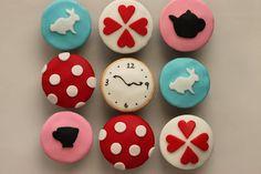 Alice in Wonderland Cupcakes - with recipe for white chocolate ganache