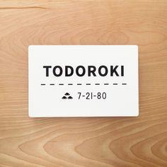 轟様からご依頼いただきました表札では、車3台と車線のデザインを提案させていただきました。 Doorplate ¥34,000+tax size: W215×D2×H140mm material: ステンレ...