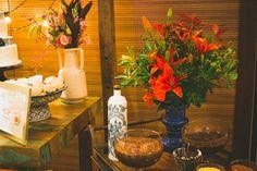 Detalhe arranjo floral da mesa de doces Boho Chiq - Decor por Doce Trato Eventos. Fotos: Alem de Dois