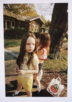 Photo by William Eggleston. Informations About Photo by William Eggleston. William Eggleston, Color Photography, Film Photography, Street Photography, Halloween Photography, Vintage Photography, Landscape Photography, Nature Photography, Fashion Photography