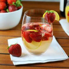 Fresh Strawberry Sangria