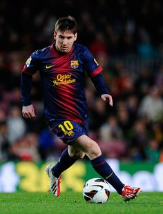 Leo Messi wears his new adidas F50 adizeros for first time and scores against Deportivo!