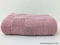 1 million+ Stunning Free Images to Use Anywhere Knitting For Kids, Baby Knitting, Crochet Baby, Knit Crochet, Knitted Blankets, Knitted Hats, Baby Sweater Knitting Pattern, Baby Sweaters, Crochet Projects