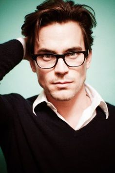 I love men with glasses