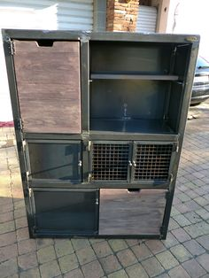 52 Rustic Storage Cabinet Ideas on a Budget Vintage Industrial Furniture, Industrial House, Rustic Industrial, Rustic Storage Cabinets, Diy Cabinets, Iron Furniture, Steel Furniture, Welding Design, Diy Workbench
