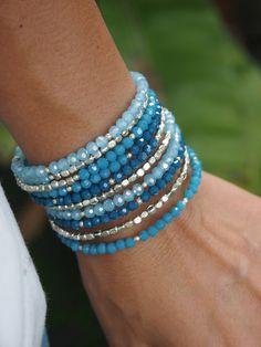 Pulsera de cristal azul memoria alambre Boho Wrap Pulsera
