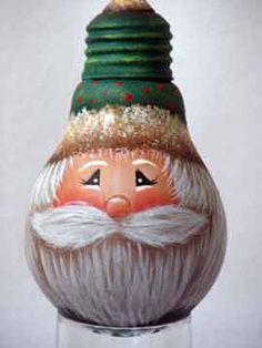 Painted Light Bulb Santa Ornament TUTORIAL L-decorative-painting-resource: A painted light bulb… a lot of you keep asking for it, so here it is! We hope you enjoy this free and original Santa design by Jodi Clerke. Recycled Light Bulbs, Light Bulb Crafts, Painted Light Bulbs, Painted Ornaments, Christmas Tree Decorations, Christmas Tree Ornaments, Santa Ornaments, Lightbulb Ornaments, How To Make Christmas Tree