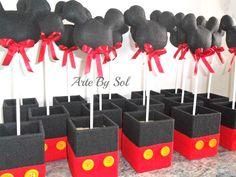 Centros de mesa tema: Mickey