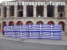 #Arena #Verona per #Tsipras  L'Atra Verona per i beni comuni con Syriza e Alexis Tsipras. La loro lotta contro l'austerità e per cambiare radicalmente l'Europa è la nostra lotta. Se il 20 settembre Syriza sconfiggerà il fronte che vuole riportare la Grecia ai tempi della vergogna e della subalternità, sarà il segnale che la breccia aperta il 25 gennaio rimane aperta.