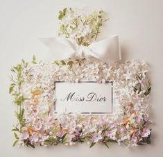 flower perfume bottle // pretty
