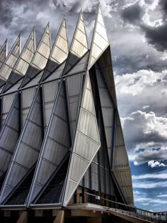 Skidmore, Owings & Merrill, Air Force Academy Cadet Chapel. 1962.