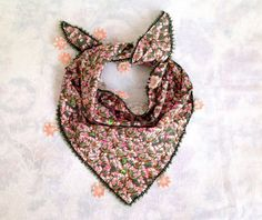 Paillette and handmade crochet bias tape cotton by Citipitishop