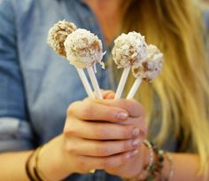 National Dessert Day would not be complete without vegan cake pops!