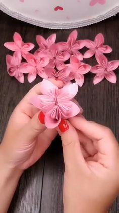 With step by step pictures and early reader instructions, you can create most of these paper crafts . Tissue Paper Flowers, Scrapbook Paper Flowers, Paper Flower Centerpieces, Paper Flower Decor, Construction Paper Crafts, Construction Crafts, Diy Embroidery Flowers, Paper Flower Tutorial, Paper Flower Patterns
