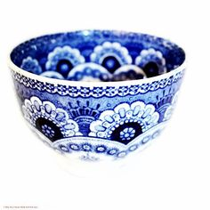 61 vind-ik-leuks, 7 reacties - Lidy Baars (@frenchgardenhouse) op Instagram: 'For the love of Blue & White. 19th century French tea bowl. #blueandwhite #thrillofdiscovery…'