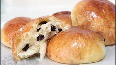 Raisin Buns/Norwegian Boller Recipe--Cooking A Dream Raisin Rolls Recipe, Raisin Recipes, Potato Recipes, Bread Recipes, Cooking Recipes, Bread Bun, Bread Rolls, Food Program, Breads