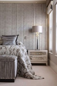 Modern Luxury Bedside Table. Master bedroom. Bedroom design ideas. luxury interiors. Luxury Furniture. For more inspirational ideas take a look at: www.homedecorideas.eu