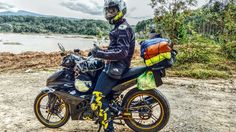 Hãy khoác balo lên và đi đi, em nhé Đi để thấy thế giới này bao la Em sẽ phải đi cả quãng đường gian khổ Để có được một giây phút ghi tạc vào lòng ta...  Tác giả - Bản quyền: Nguyễn Na Trang  #khachtaidat #taidatvacacban #dulichbangxemay  Để chia sẻ ảnh, clip phượt, du lịch, khám phá, các bạn vui lòng gửi nội dung về email: clip@pro-biker.vn nhé.  https://pro-biker.vn https://taidat.vn https://khandanang.vn