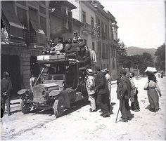 Celso Gómez Argüelles Autobús de Línea de Cangas del Narcea, Gráu, 1910. Fuente:https://www.flickr.com/photos/culturagijon/12205058604/