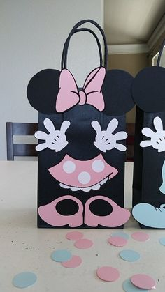Set of 10 Mickey and Minnie Mouse Baby Shower/ Birthday Party (Set of Favors/ Bags/ Goodie/ Goody/ Gifts/ Treat Bags/ Decoration Minnie Mouse Favors, Minnie Mouse Baby Shower, Minnie Mouse Party, Mickey Party, Mickey Mouse Birthday, Party Favor Bags, Birthday Party Favors, Girl First Birthday, Baby Birthday