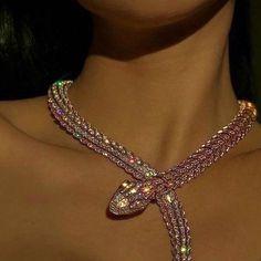 Diamond Jewelry Indian - - Jewelry Inspo Fashion - Jewelry Organization In Room - Cute Jewelry, Body Jewelry, Jewelry Accessories, Women Jewelry, Fashion Jewelry, Snake Jewelry, Gold Fashion, Jewellery, Snake Necklace
