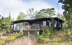 moderni kesähuvila Modern Cabin Interior, Cabin Interiors, Home Fashion, Garden Design, Barn, Country, House Styles, Home Decor, Cottages