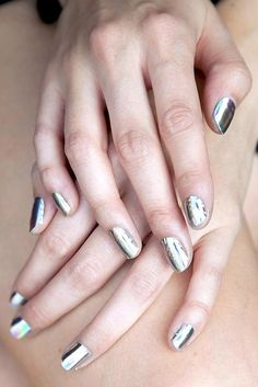 metallic manicure // awesome