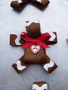 gingerbread ribbon sculpture