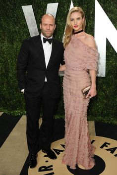 Fotos de la fiesta de Vanity Fair post Oscar 2013: Rosie Huntington-Whiteley y Jason Statham | Galería de fotos 10 de 33 | Vogue
