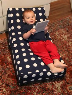 My son would enjoy this lounger!~ DIY gifts for kids, DIY gifts, DIY mini lounger Sewing For Kids, Diy For Kids, Crafts For Kids, Free Sewing, Sewing Tutorials, Sewing Projects, Diy Projects, Sewing Ideas, Sewing Patterns