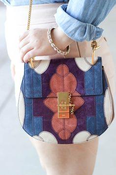 Sweet, Short & Stylish: Fridays With Chloe – bolsos de mujer Luxury Handbags, Fashion Handbags, Purses And Handbags, Fashion Bags, Brown Handbags, Ladies Handbags, Cheap Handbags, Handbags Online, Sacs Design