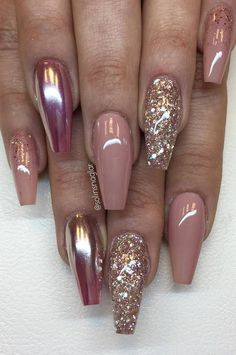 """Naked"", ""Golden Rose"", Mirror Silver over ""Shock Pink"" and self-mixed glitter with inspo from @ naglargoteborg✌️ everything is available at – The Best Nail Designs – Nail Polish Colors & Trends Fabulous Nails, Gorgeous Nails, Pretty Nails, Hot Nails, Hair And Nails, Pink Nails, Mauve Nails, Ongles Beiges, Crome Nails"