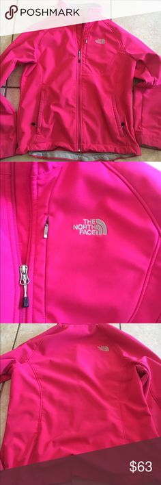 NWT THE NORTH FACE women's large apex jacket Pink Hot pink women's large north face apex jacket. Has a little discoloration on bottom cuffs of the sleeve but not very noticeable and I haven't washed yet, might come out in wash. Otherwise it's free from stains, holes, or piling  Victoria Secret, PINK, Bke, Rock revivals, miss me, true religion, express, buckle, affliction, sinful check out my closet! Ugg Australia. The North face The North Face Jackets & Coats Blazers