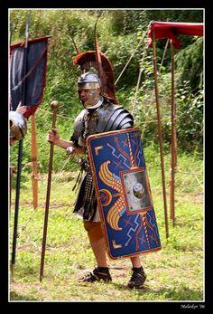 Officer in the Roman Legion by malaskor on deviantART Ancient Armor, Medieval Armor, Roman History, Art History, Greek History, Roman Armor, Roman Centurion, Roman Warriors, Roman Legion