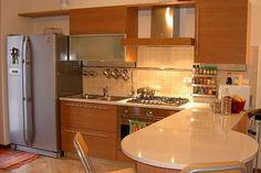 35 Extraordinary Small Kitchen Designs - http://www.allnewhairstyles.com/35-extraordinary-small-kitchen-designs.html