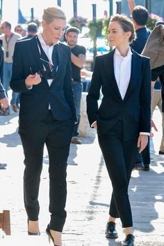 Women in Menswear — suicideblonde: Cate Blanchett and Emily Blunt Tomboy Fashion, Office Fashion, Suit Fashion, Work Fashion, Fashion Outfits, Androgynous Fashion Women, Business Outfit Frau, Style Androgyne, Estilo Tomboy