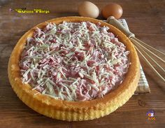 CROSTATA CON STRACCHINO E PROSCIUTTO, una torta salata semplice da fare. La base è morbida molto simile alla BASE PER CROSTATA MORBIDA la versione dolce . Quiches, Strudel, Vegetarian Pie, Fingerfood Party, Butterfly Cakes, Party Finger Foods, Muffins, Pinterest Recipes, Antipasto