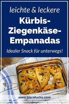 Kürbis-Ziegenkäse Empanadas - Rezept - KlaraFuchs.com Lunches And Dinners, Meals, Veggie Recipes, Veggie Food, Tapas, Seafood, Clean Eating, Food And Drink, Yummy Food
