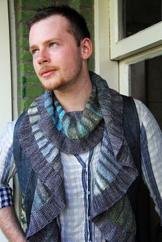 Stephen West - Spectra Scarf. I've been forced to knit this.