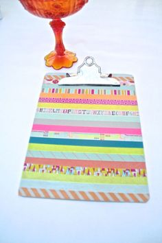 Give your clipboard a touch of #summer with decorative #washitape.