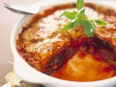 Découvrez la recette Gratin léger d'aubergines fondantes sur cuisineactuelle.fr.