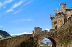 The Amazing Ponferrada Castle, Castillo de Ponferrada