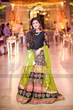 Brides sister or cousin Mehndi dress Shadi Dresses, Pakistani Formal Dresses, Pakistani Fashion Party Wear, Pakistani Wedding Outfits, Pakistani Dress Design, Latest Dress For Girls, Dress Designs For Girls, Girls Designer Dresses, Stylish Dress Designs