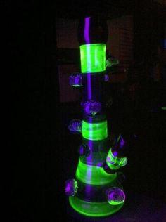 glow in the dark bong